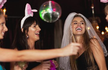 Rent Limo For Bachelor / Bachelorette Parties
